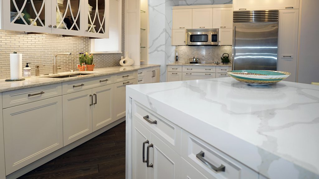 Quartz And Quartzite Are Two Of The Most Popular Stones For Kitchen  Countertops. The Stones Are Stunning, Durable, And Versatile, And They Are  Ideal For A ...